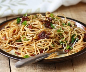 sun dried tomatoes pasta with garlic oil recipe