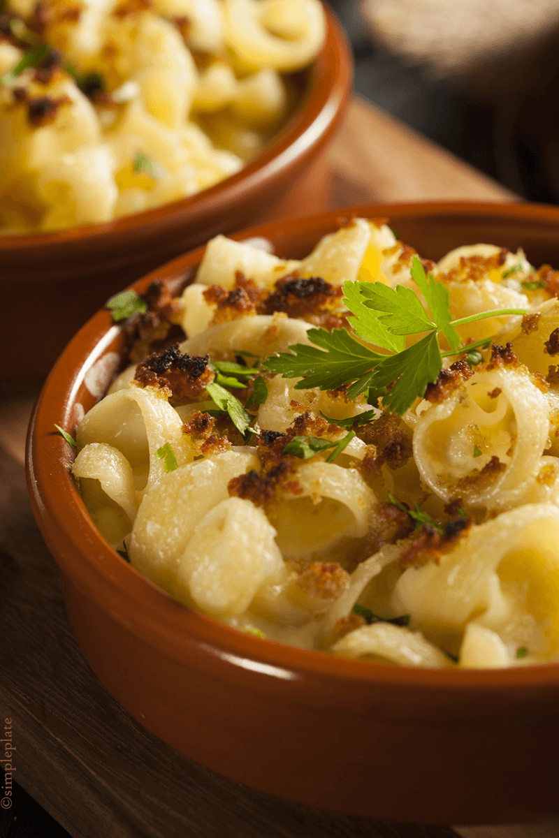 Decadent Smoked Macaroni and Cheese | Girl Raised in the South